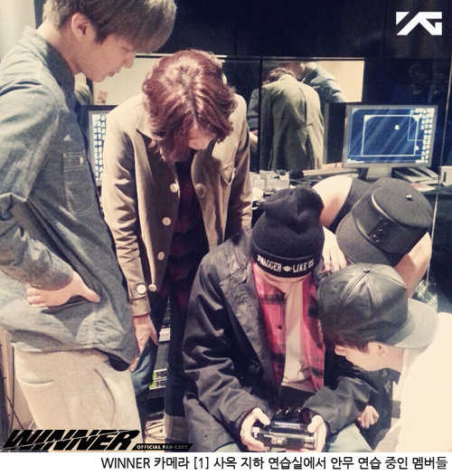 131221 winner fancafe