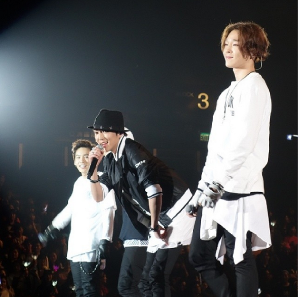 140322 winner at aon 16