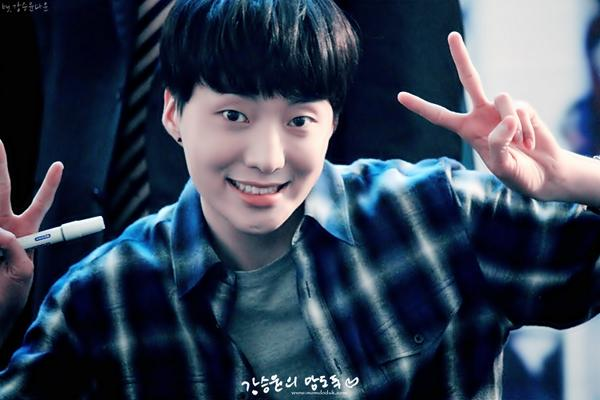 140917 Seungyoon at Yeouido Fansign Event 25