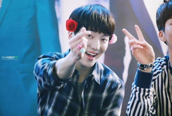 140917 Seungyoon at Yeouido Fansign Event 27