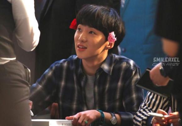 140917 Seungyoon at Yeouido Fansign Event 3