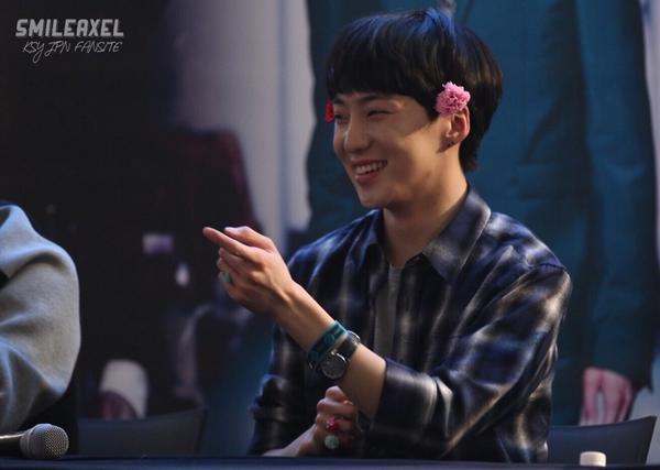 140917 Seungyoon at Yeouido Fansign Event 4