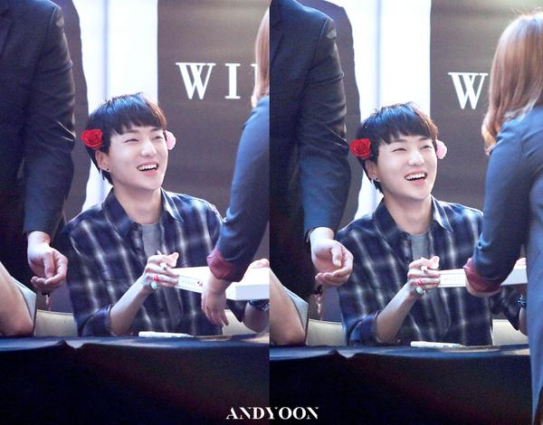 140917 Seungyoon at Yeouido Fansign Event 6