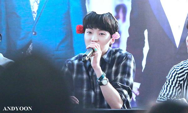 140917 Seungyoon at Yeouido Fansign Event 8
