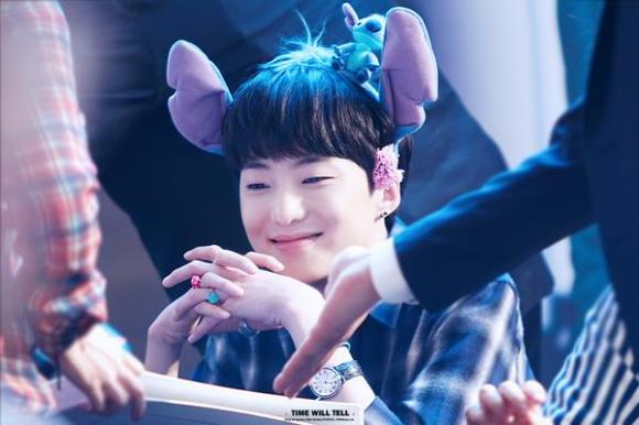 140917 Seungyoon at Yeouido Fansign Event 9