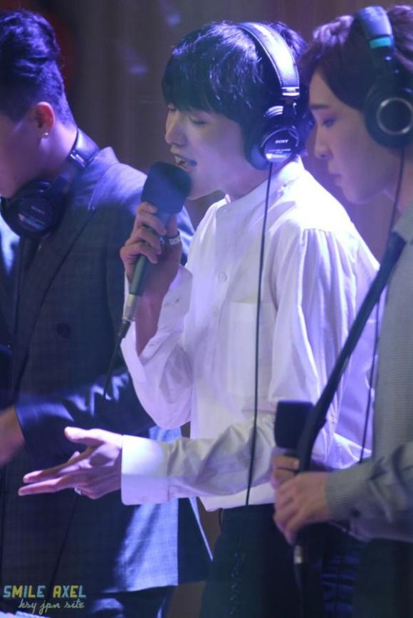 140918 Seungyoon at Cultwo Show 3