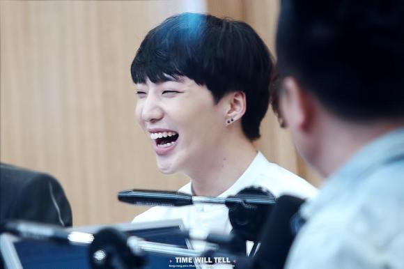 140918 Seungyoon at Cultwo Show 6