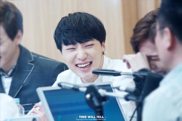 140918 Seungyoon at Cultwo Show 7