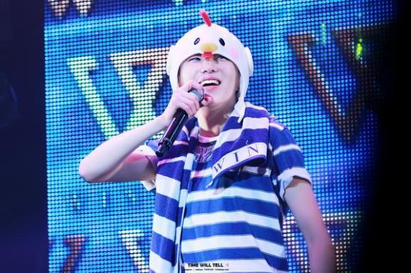 140923 Seungyoon at Winner Zepp Sapporo 10