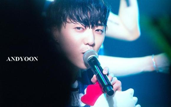 140923 Seungyoon at Winner Zepp Sapporo 9