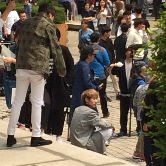 150514 producers filming insta3