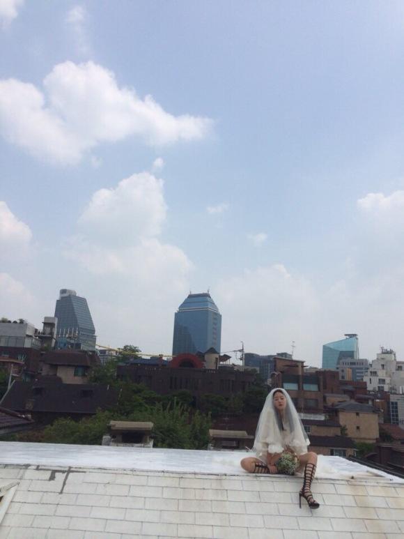 150723 hyoni wbu2 1stlook weibo